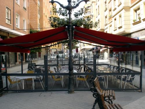 Toldos para bares en alcolecha alicante modelos de - Toldos terrazas bares ...